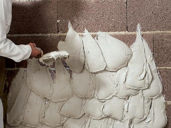 Como revocar una pared con Yeso