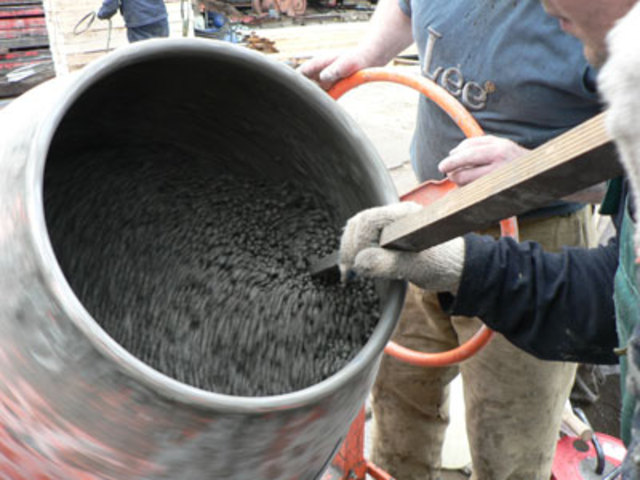 C mo preparar un buen mortero de cemento alba iles for Mortero de cemento