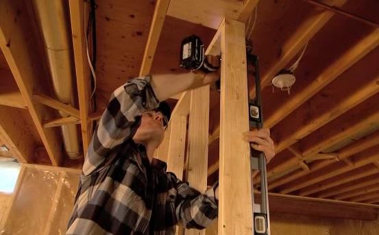 Cómo hacer una pared de madera