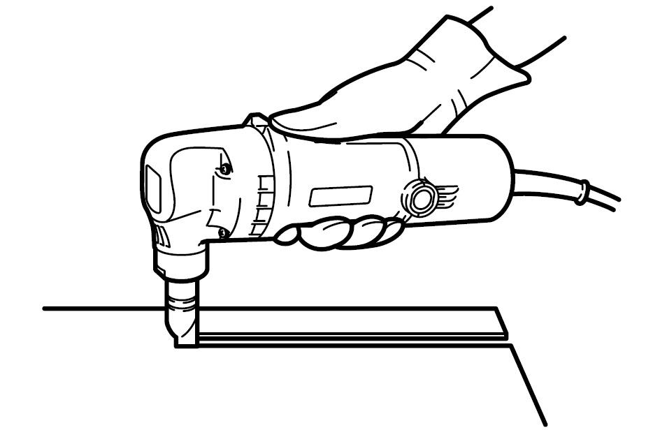 Roedora Makita, su uso para cortar planchas metálicas