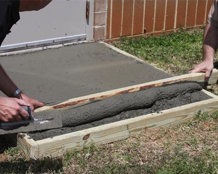 C mo construir una losa de cemento alba iles - Como colocar adoquines de hormigon ...