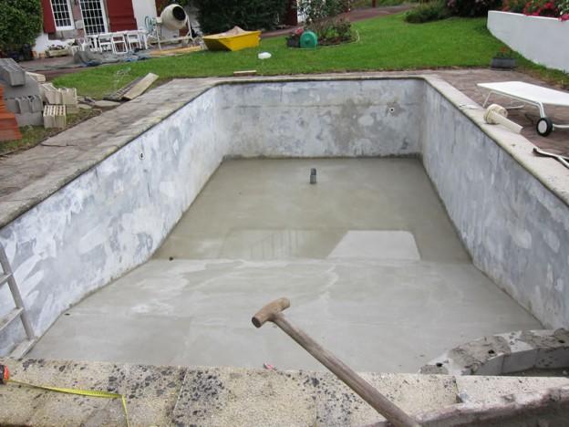 Hormig n alba iles for Como construir una piscina en concreto