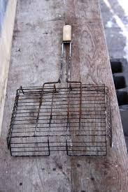 Cómo limpiar una parrilla oxidada con productos caseros