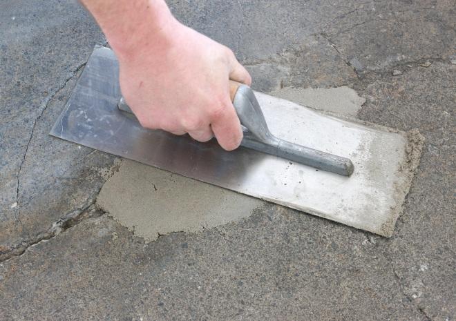 C mo reparar un piso de concreto resquebrajado alba iles - Reparacion de humedades en paredes ...