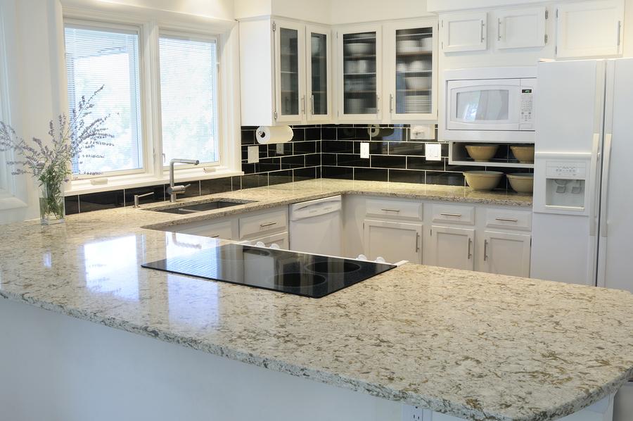 Cómo elegir una encimera resistente para la cocina