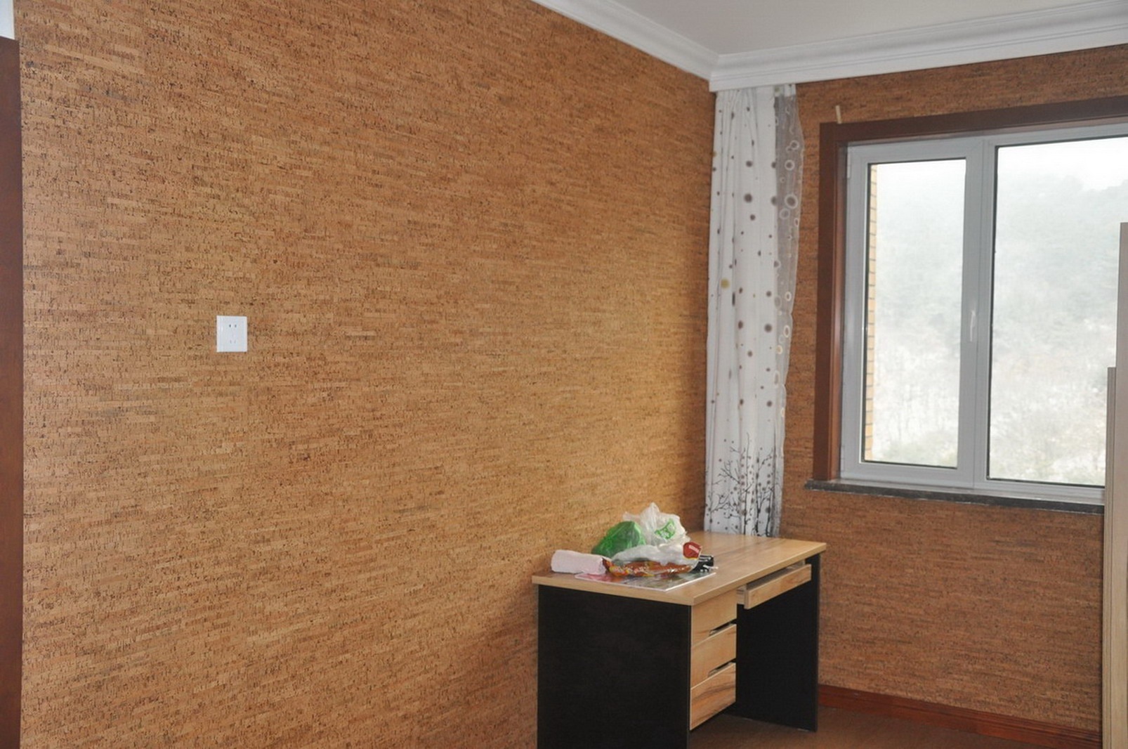 C mo instalar una pared de corcho alba iles - Corcho decorativo paredes ...
