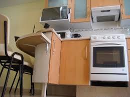 Cómo instalar un desayunador: ideas para un diseño perfecto