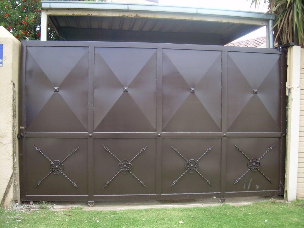 garage entrance ideas - Cómo recuperar un portón metálico en mal estado