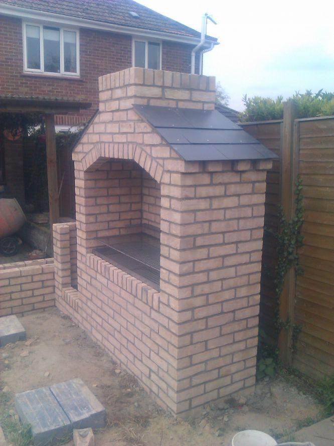 Cómo construir un asador en el patio o jardín