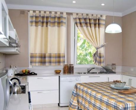 cmo elegir una cortina adecuada para la cocina