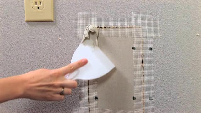Cuáles son las herramientas adecuadas para reparar paneles de yeso