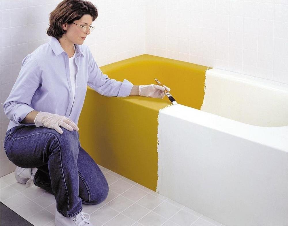 C mo renovar el ba o pintando los sanitarios con nuevos - Pintura para azulejos de bano ...