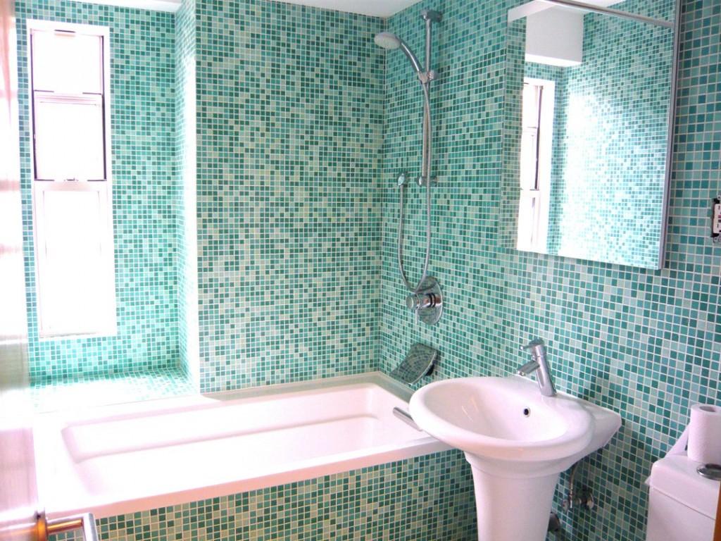 C mo revestir paredes con mosaico veneciano alba iles - Revestir paredes exteriores ...