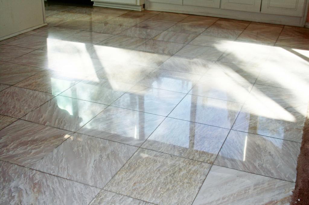Consejos para proteger y mantener pisos de m rmol alba iles for Como limpiar pisos de marmol