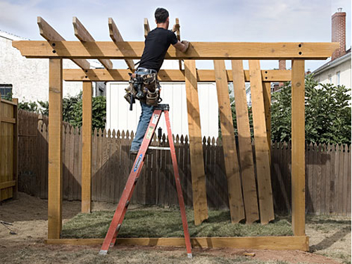 C mo construir una p rgola de madera alba iles - Construir pergola de madera ...