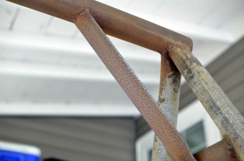 Cómo restaurar piezas de metal antes de pintarlas