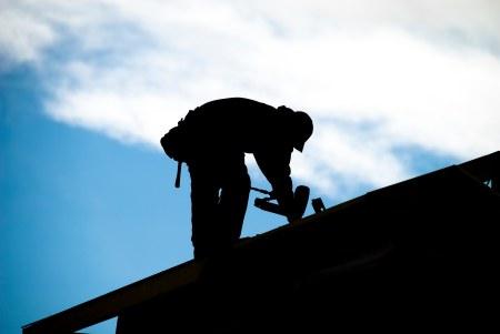 Medidas de seguridad personal a la hora de colocar o reparar techos