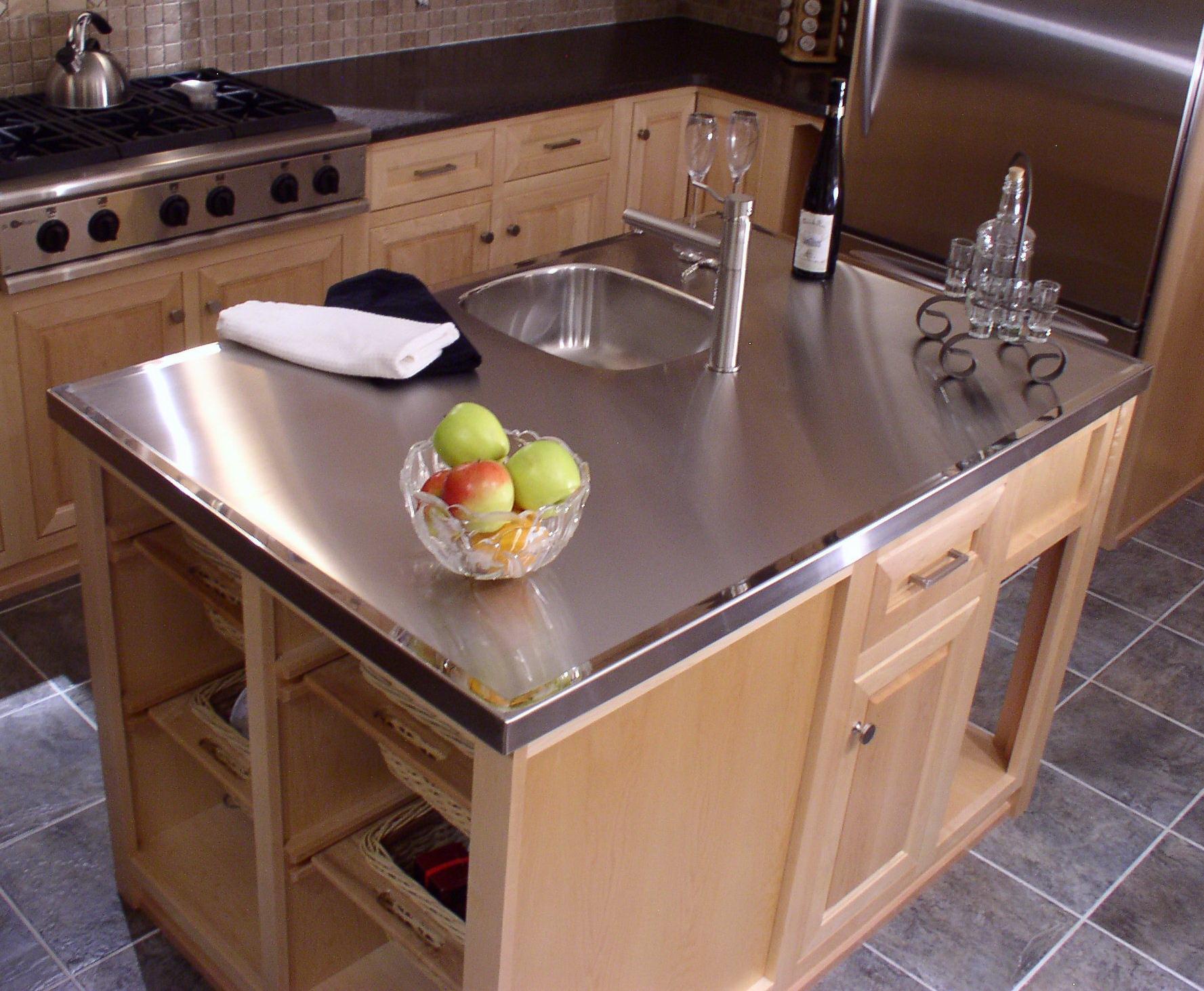 Materiales aptos para encimeras de cocina sus ventajas y - Encimeras de cocina materiales ...