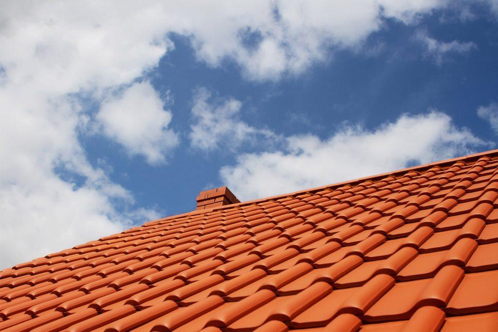 Tejas de pl stico caracter sticas y ventajas de su uso for Tejas livianas para techos