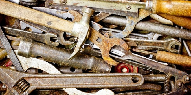 Cómo limpiar herramientas oxidadas