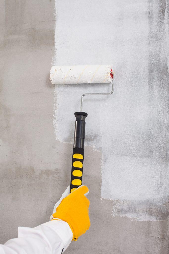 C mo reparar y limpiar paredes exteriores antes de - Imprimacion para paredes ...