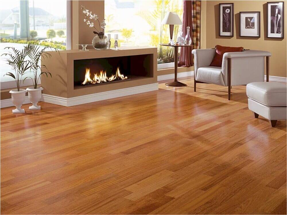 Cómo instalar un piso de madera maciza
