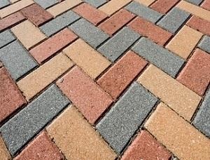 C mo pintar un piso de ladrillos en exteriores alba iles - Patio piso de ladrillo ...