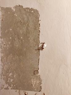 Renovación de viviendas: Qué es la pintura al temple y cómo se quita