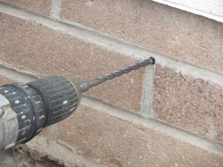 Cómo taladrar muros de ladrillo sin causar daños