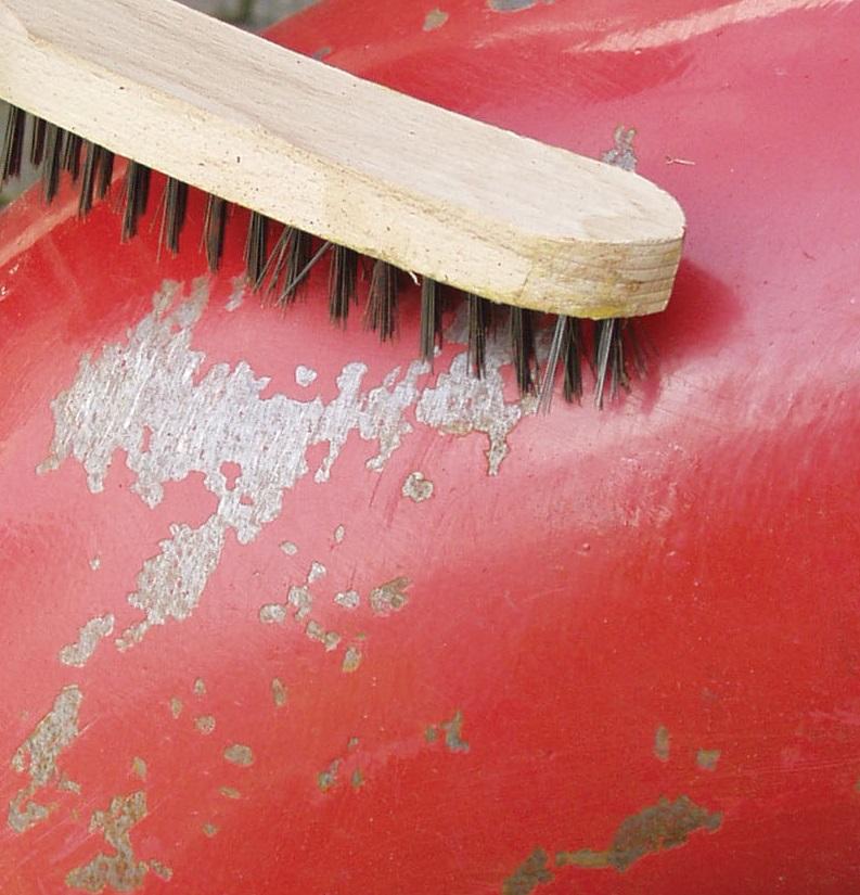 Cómo rescatar los muebles metálicos del óxido antes de repintarlos