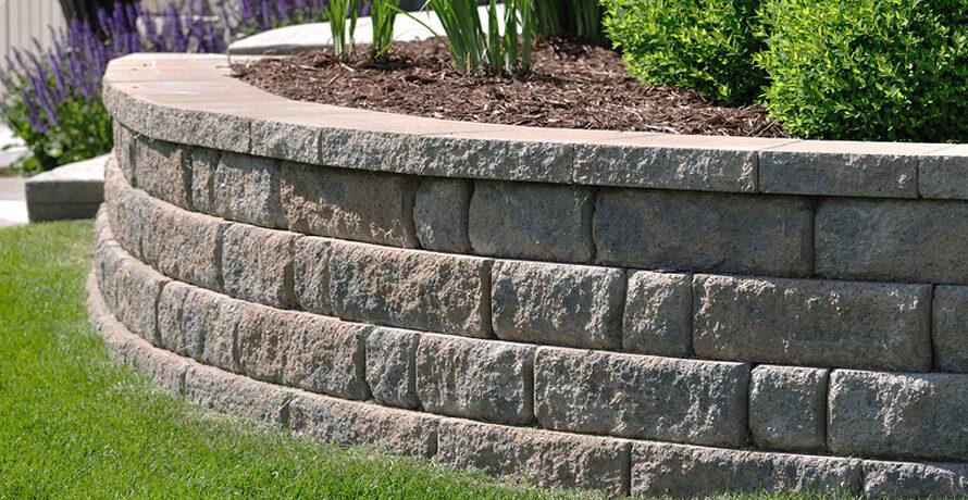 Muros de piedra al aire libre: Cómo protegerlos